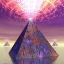 Image pyramida.jpg